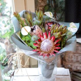 ワイルドフラワーの花束の画像