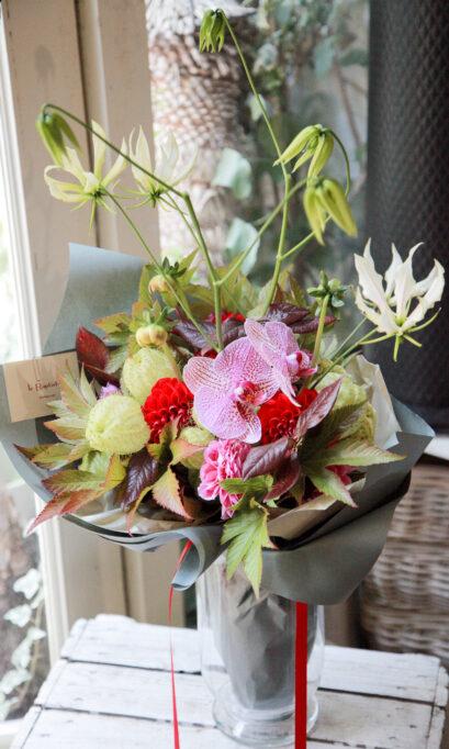 花束「ネルフ」の画像