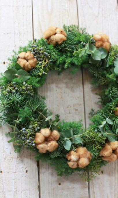 樅枝のクリスマスリースの画像